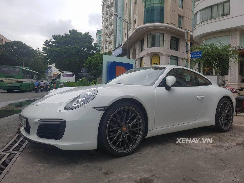 Siêu xe Porsche 911 Carrera 2016 tại Sài Gòn