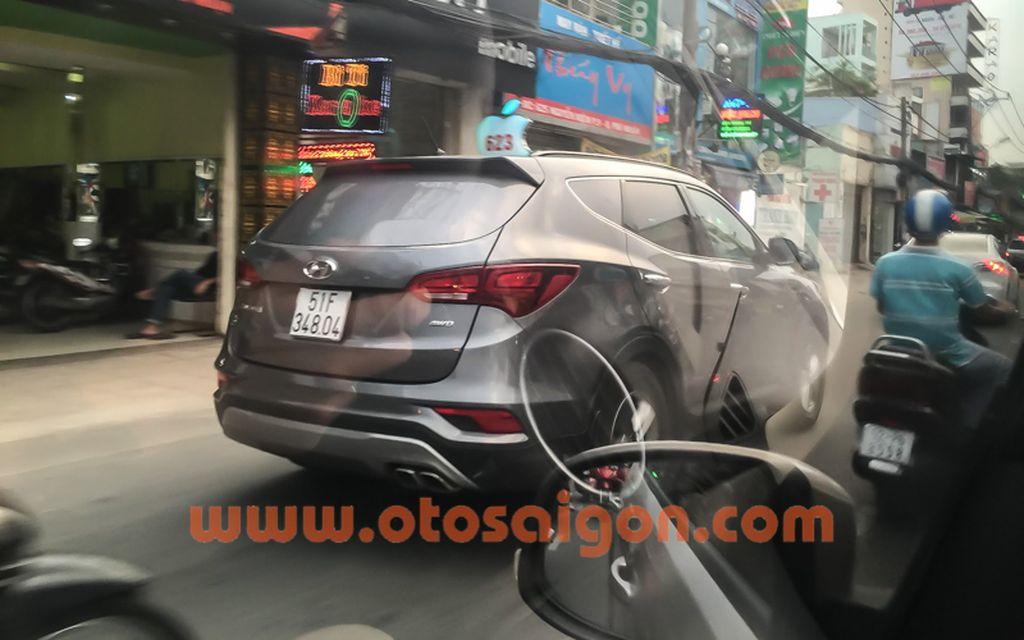Hyundai Santafe 2016 chở tiền Bắt gặp Hyundai Santafe 2016 chở tiền tại TP. Hồ Chí Minh xehay hyundai santafe 2016 28111502