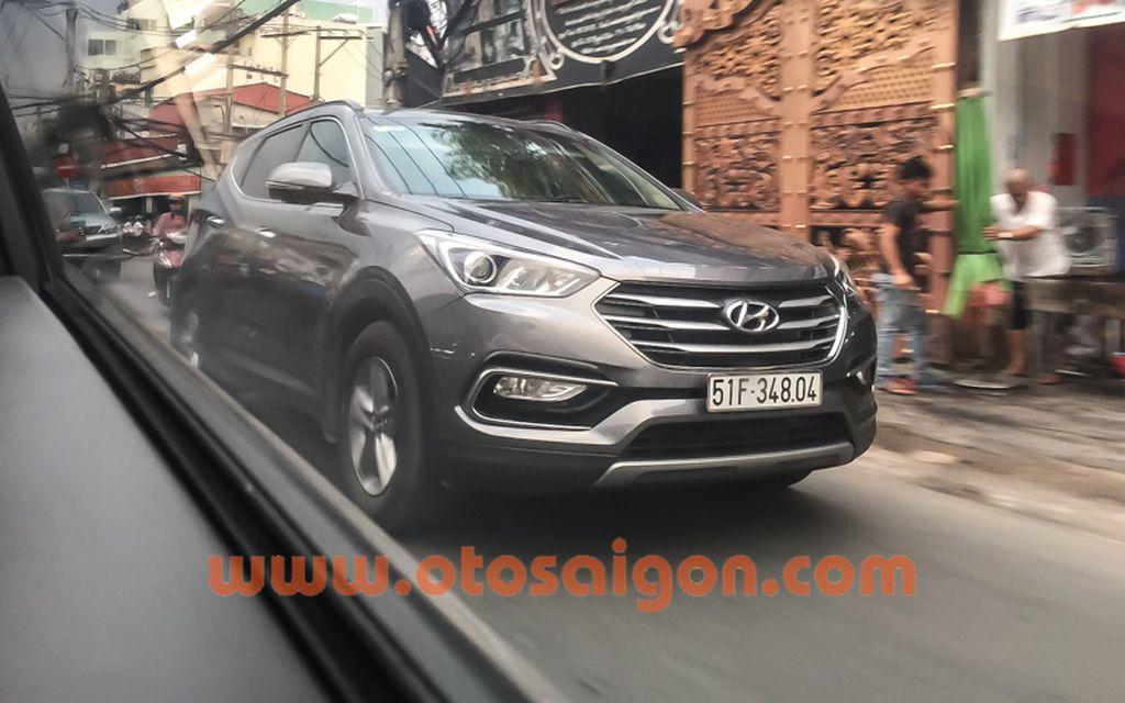 Hyundai Santafe 2016 chở tiền Bắt gặp Hyundai Santafe 2016 chở tiền tại TP. Hồ Chí Minh xehay hyundai santafe 2016 28111504