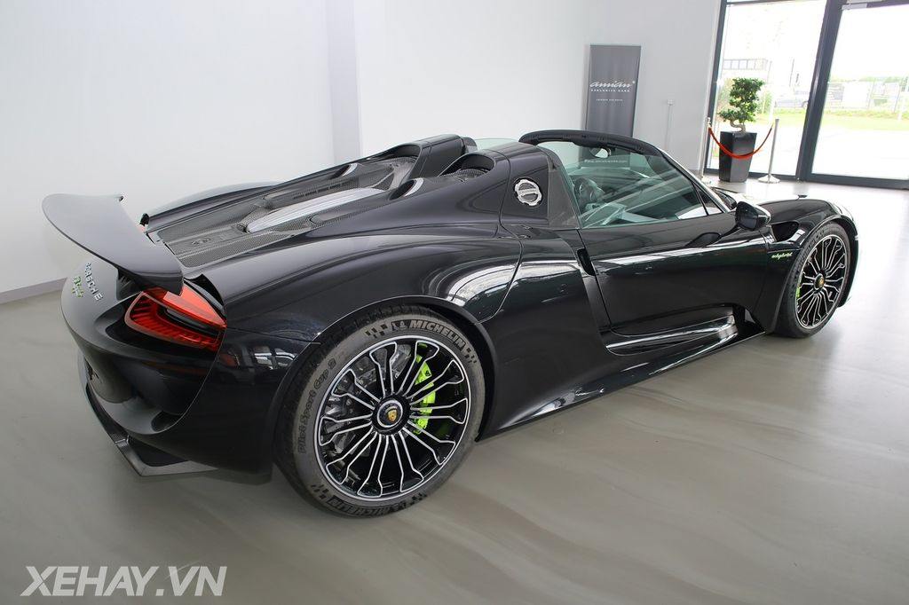 hypercar porsche 918 spyder 2015 rao b n gi 36 t ng. Black Bedroom Furniture Sets. Home Design Ideas