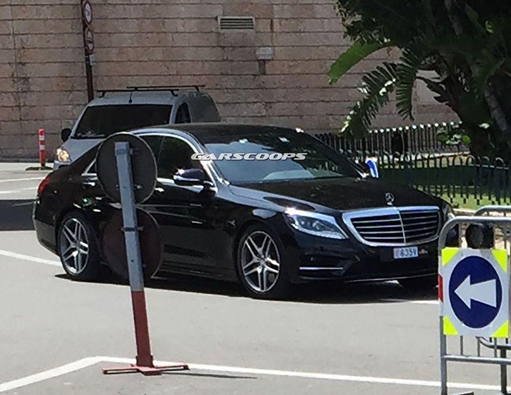 Mercedes-Benz S-Class 2017 bản nâng cấp bị lộ hình ảnh? 2