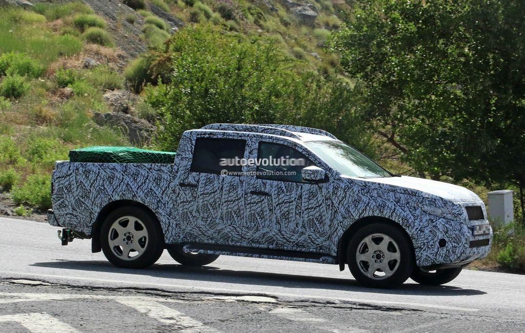 [VIDEO] Xe bán tải Mercedes GLT 2018 tiệm cận sản xuất hàng loạt - ảnh 11