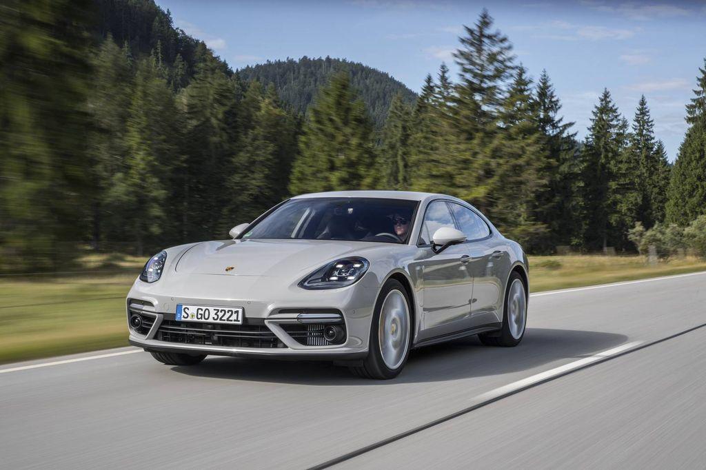 Porsche Panamera 2017 Turbo giá bao nhiêu? Đánh giá kèm hình ảnh chi tiết