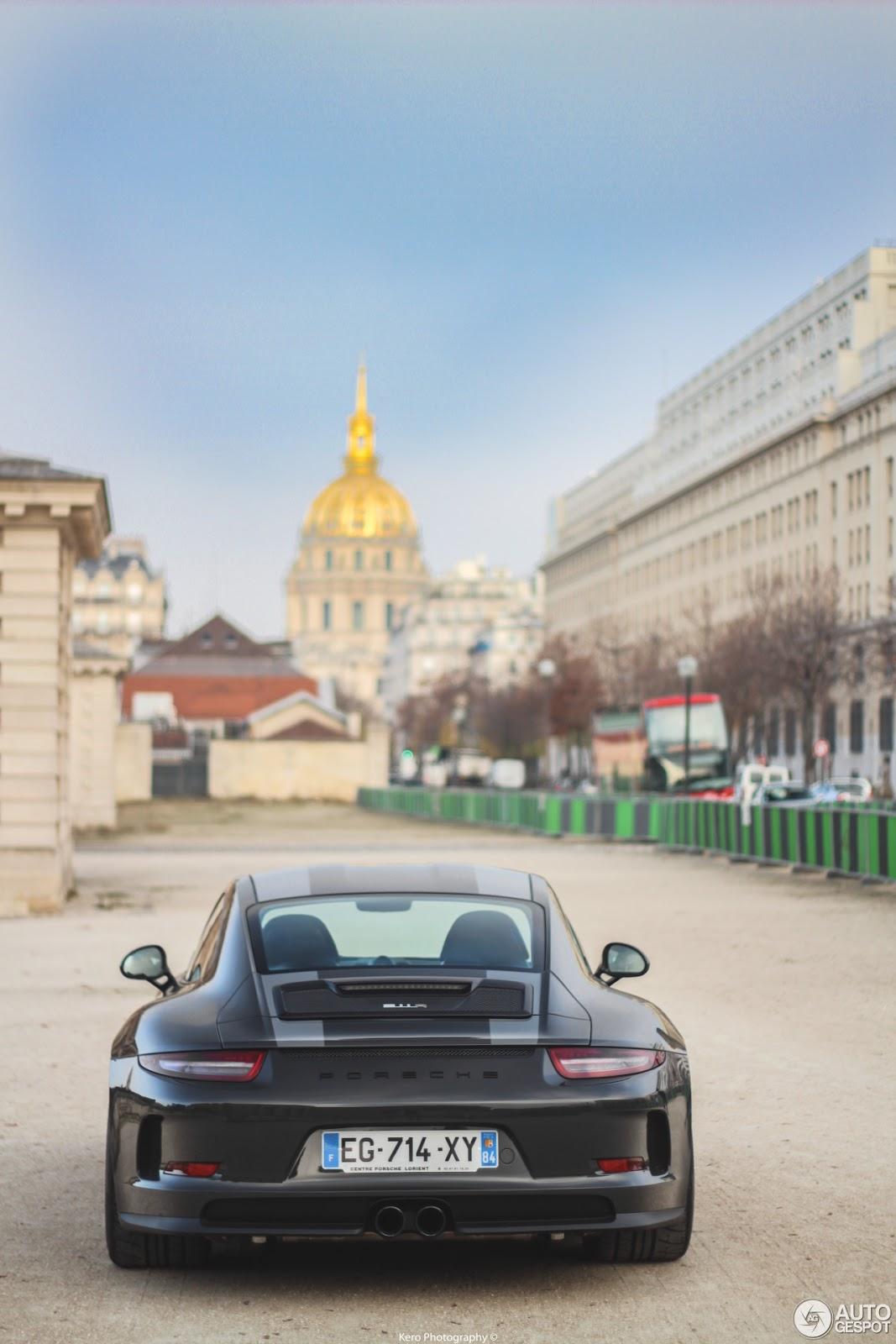 Xuất hiện Porsche 911 R màu đen phong cách tại Paris 4