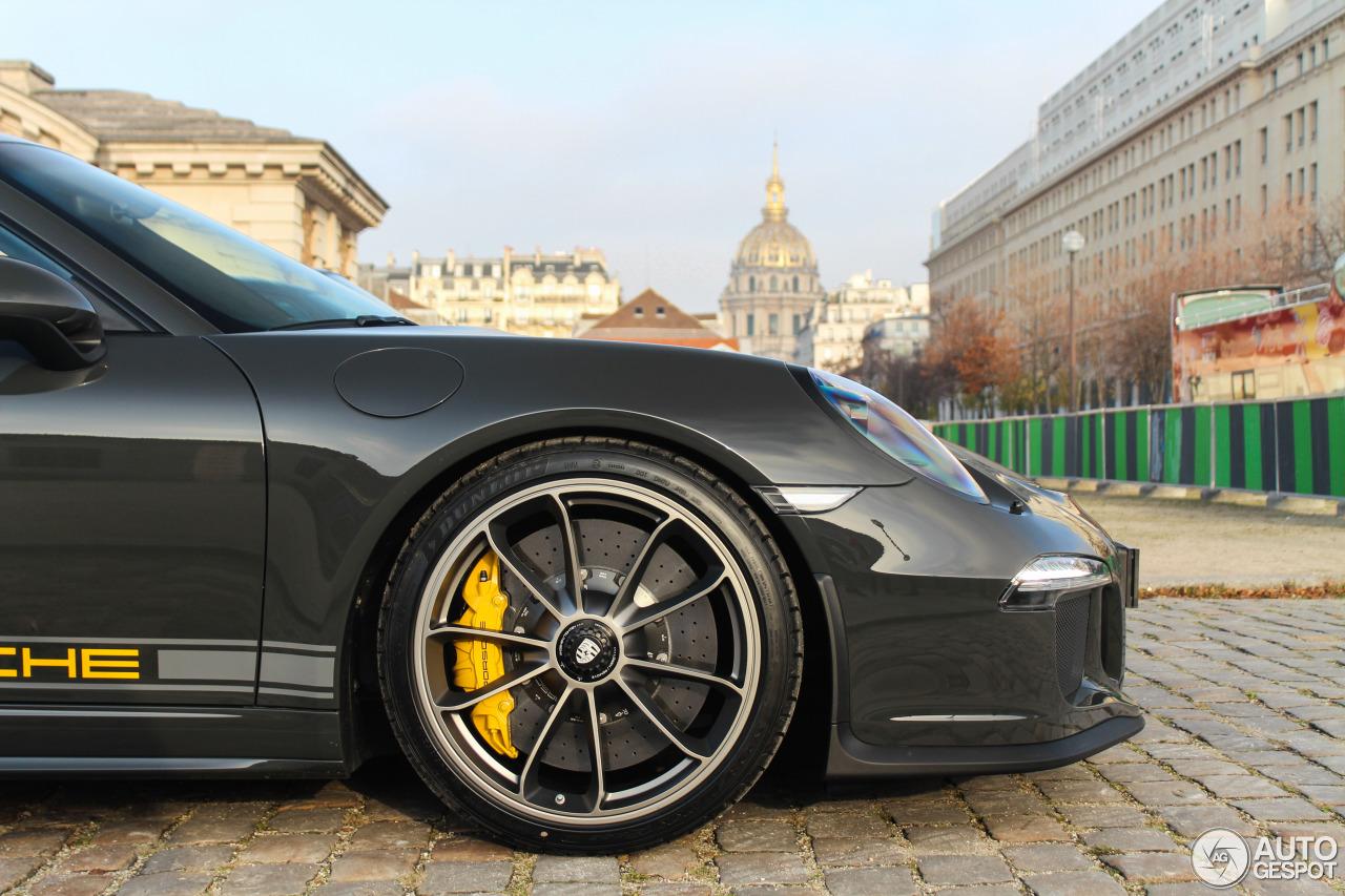 Xuất hiện Porsche 911 R màu đen phong cách tại Paris 2