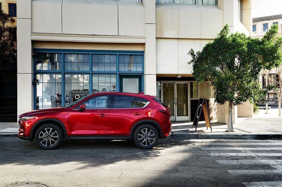 Hình ảnh: [ĐÁNH GIÁ XE] Mazda CX-5 2017 - Lột xác để trở thành crossover tinh tế và cao cấp số 6
