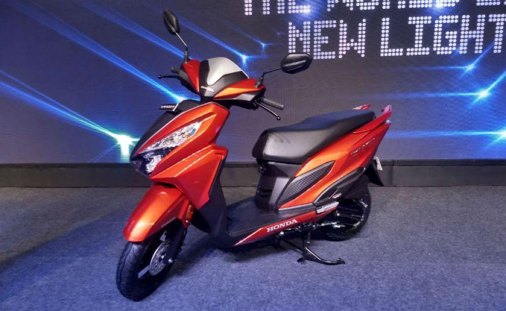 """Honda chính thức vén màn mẫu xe ga tay Grazia 125 phân khối giá """"mềm"""" - Hình 1"""