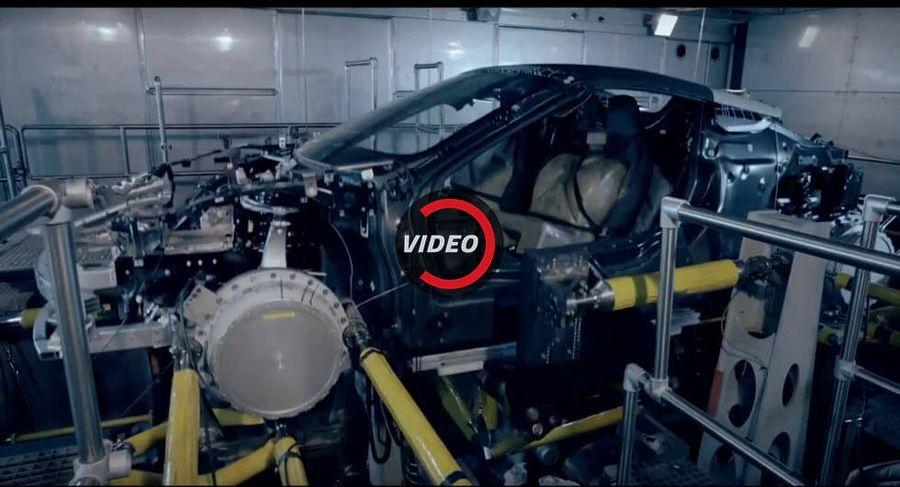 Video Hiệu Quả Tieu Thụ Nhien Liệu Của Bmw I8 Roadster Kem Hơn So