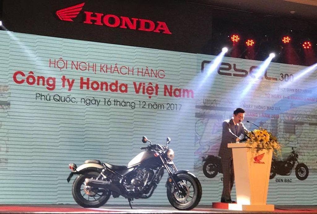 Honda Việt Nam công bố chính thức phân phối mẫu cruiser Rebel 300 - Hình 2