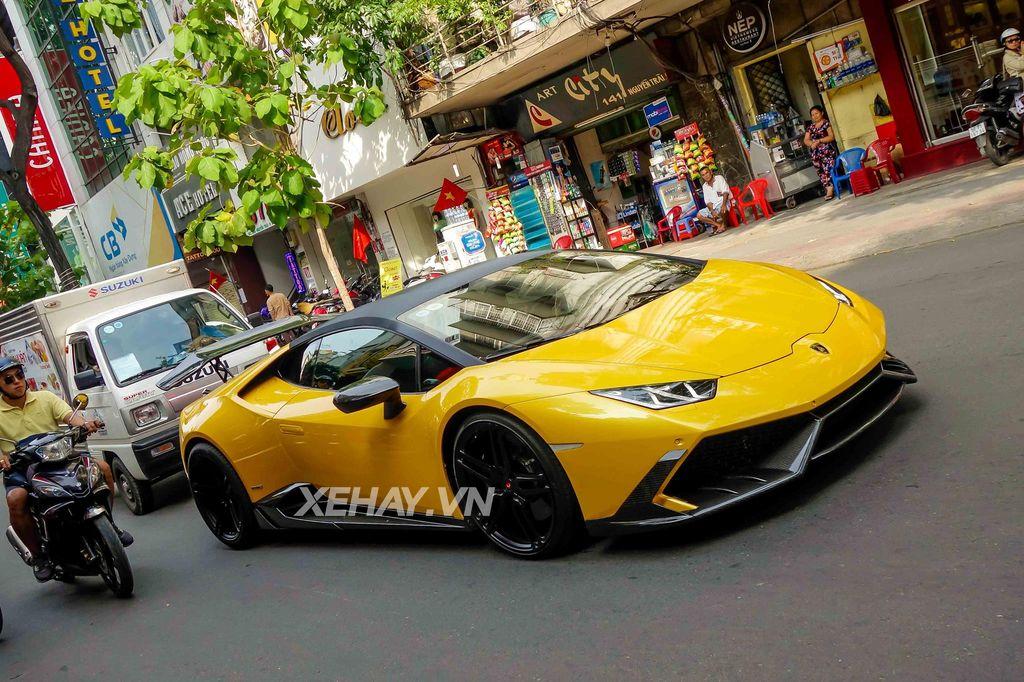 Cường Đô La bán lại Lamborghini Huracan LP610-4 màu vàng độc nhất Việt Nam