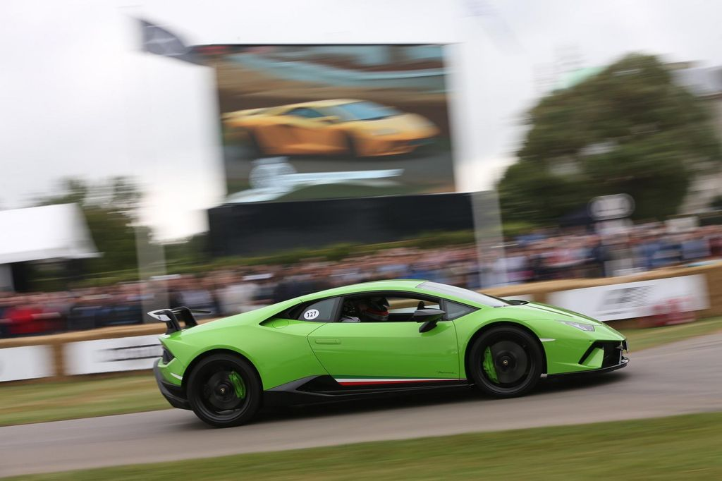 bugatti chiron nordschleife with Phien Ban Lamborghini Aventador S Duy Nhat Tren The Gioi Tro Thanh Tam Diem Tai Goodwood on Bugatti moreover Top 10 Ruta 5 Arica Iquique  chile further Lexus Lfa 2019 besides Review New Volvo Xc60  ing To Sa In 2018 also 42717.