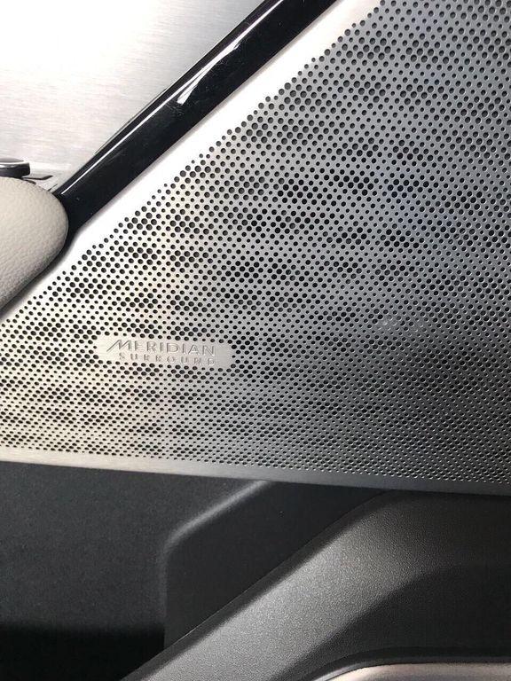 Hàng hót Range Rover Velar First Edition đầu tiên cập bến Việt Nam - ảnh 8