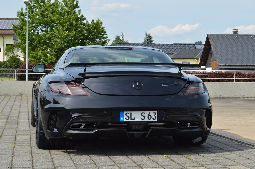 Inden Design thổi nguồn sống mới cho Mercedes-Benz SLS AMG - ảnh 4