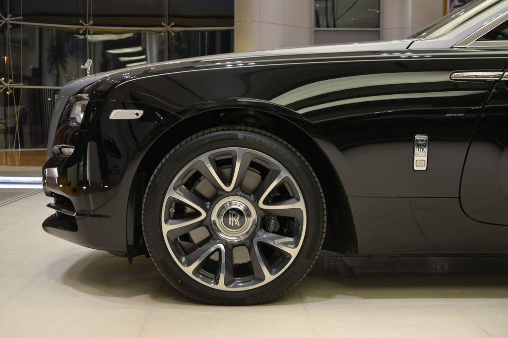 Siêu coupe Rolls-Royce Wraith cuốn hút không kém Phantom 2018 - ảnh 6