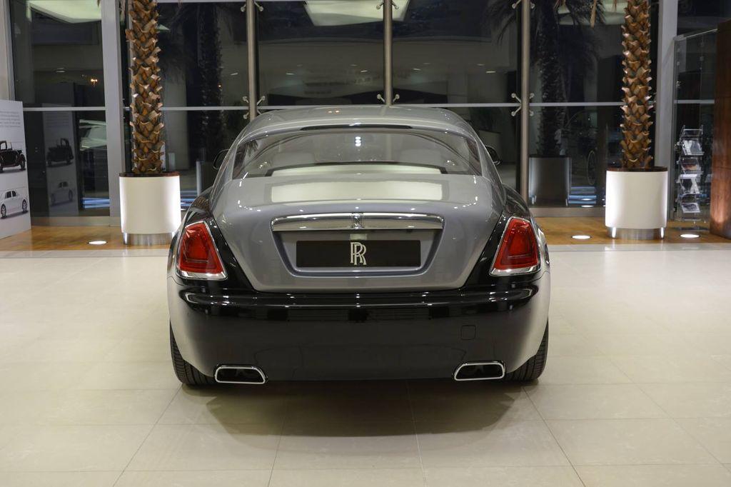 Siêu coupe Rolls-Royce Wraith cuốn hút không kém Phantom 2018 - ảnh 5