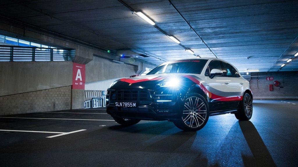 Chiêm ngưỡng Porsche Macan Turbo với đồ họa xe đua cực kỳ bắt mắt - ảnh 8
