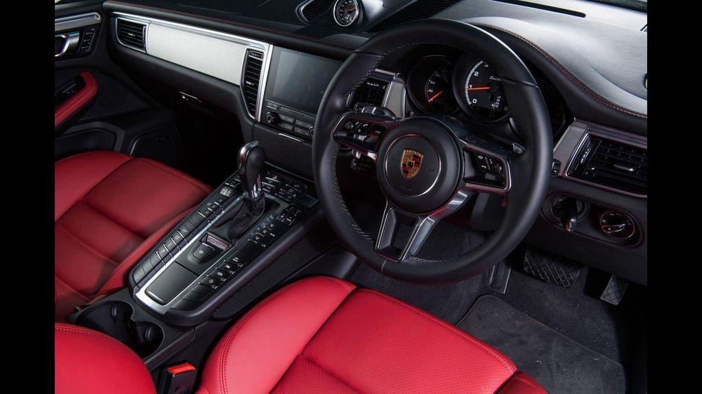 Chiêm ngưỡng Porsche Macan Turbo với đồ họa xe đua cực kỳ bắt mắt - ảnh 3