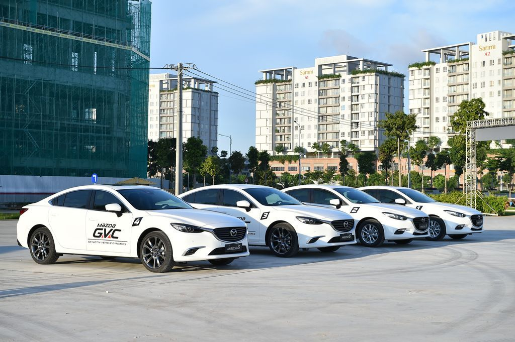 Mazda liên tục giảm giá bán tháng 8 2017