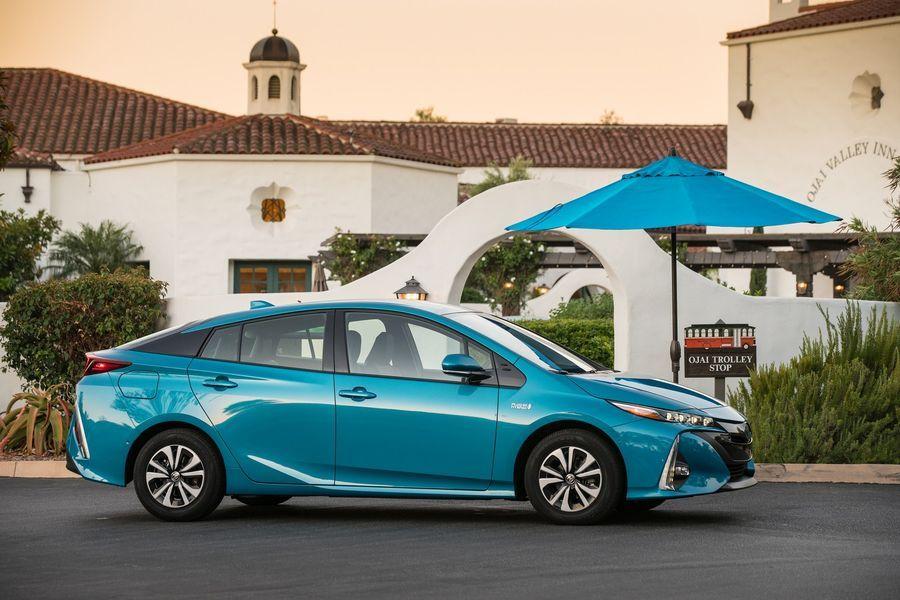 Toyota sẽ công bố hàng loạt xe điện mới, mở lời tuyên chiến với Tesla - ảnh 2