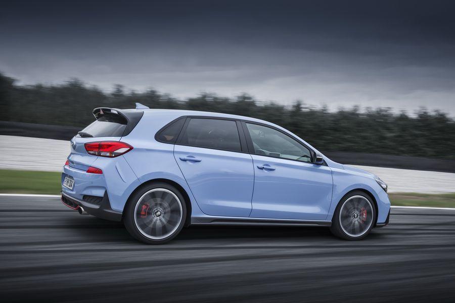 Hyundai i30 N mới có giá khởi điểm chỉ 768 triệu VNĐ, rẻ hơn đối thủ VW Golf GTI - ảnh 6