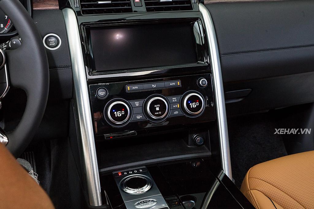 Jaguar Land Rover Việt Nam trình làng Discovery hoàn toàn mới, giá từ 4 tỷ đồng - ảnh 35