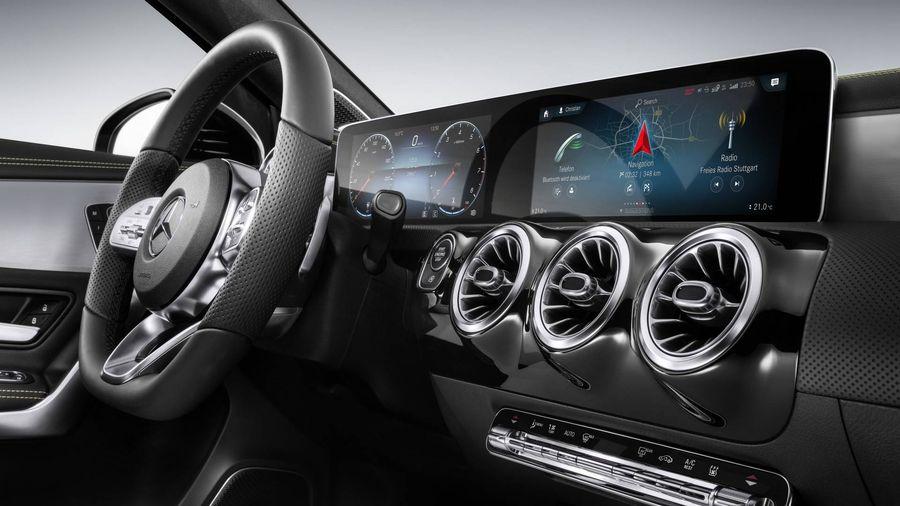 Mercedes-Benz A-Class 2018 , MUA BÁN XE Mercedes-Benz A-Class 2018 , ĐÁNH GIÁ XE Mercedes-Benz A-Class 2018 , Mercedes-Benz A-Class 2018 GIÁ BAO NHIÊU , Mercedes-Benz A-Class 2018 RA MẮT