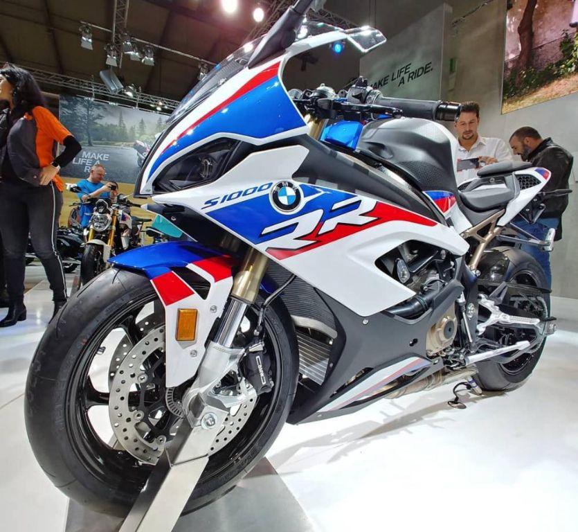 BMW S1000RR 2019 trình làng với thiết kế cải tiến và động cơ mạnh mẽ hơn - Hình 2
