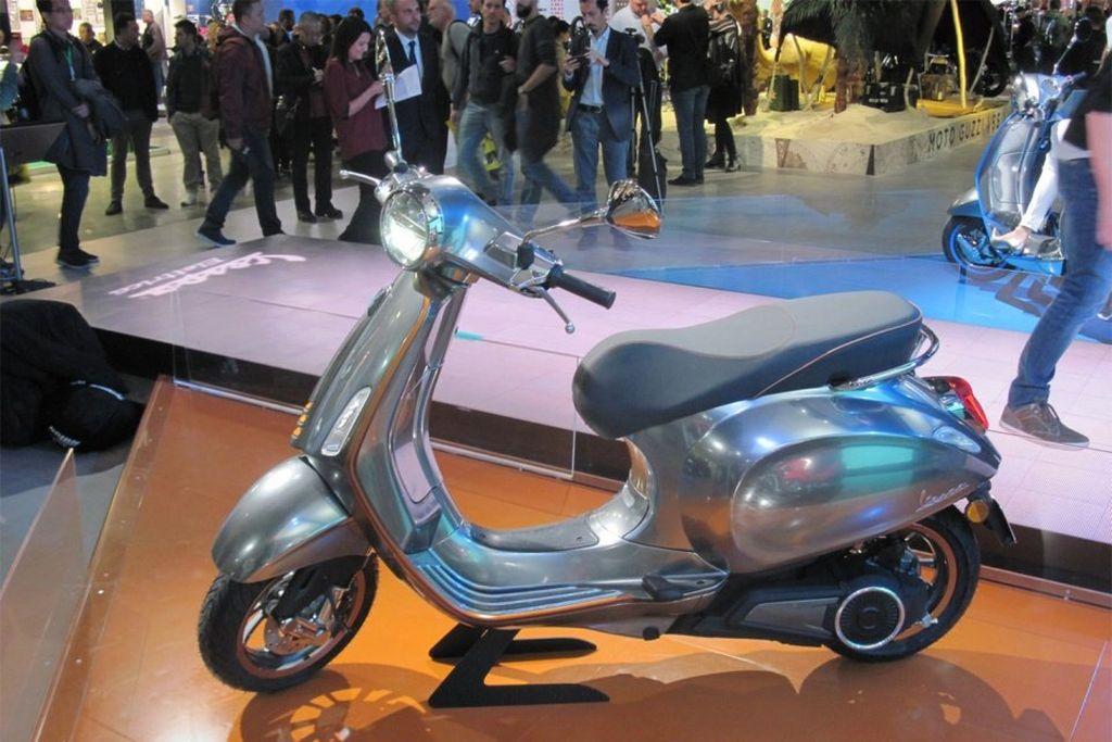 Xe máy điện Piaggio Elettrica giá 171 triệu VNĐ sẽ bán ra vào cuối năm nay - Hình 1