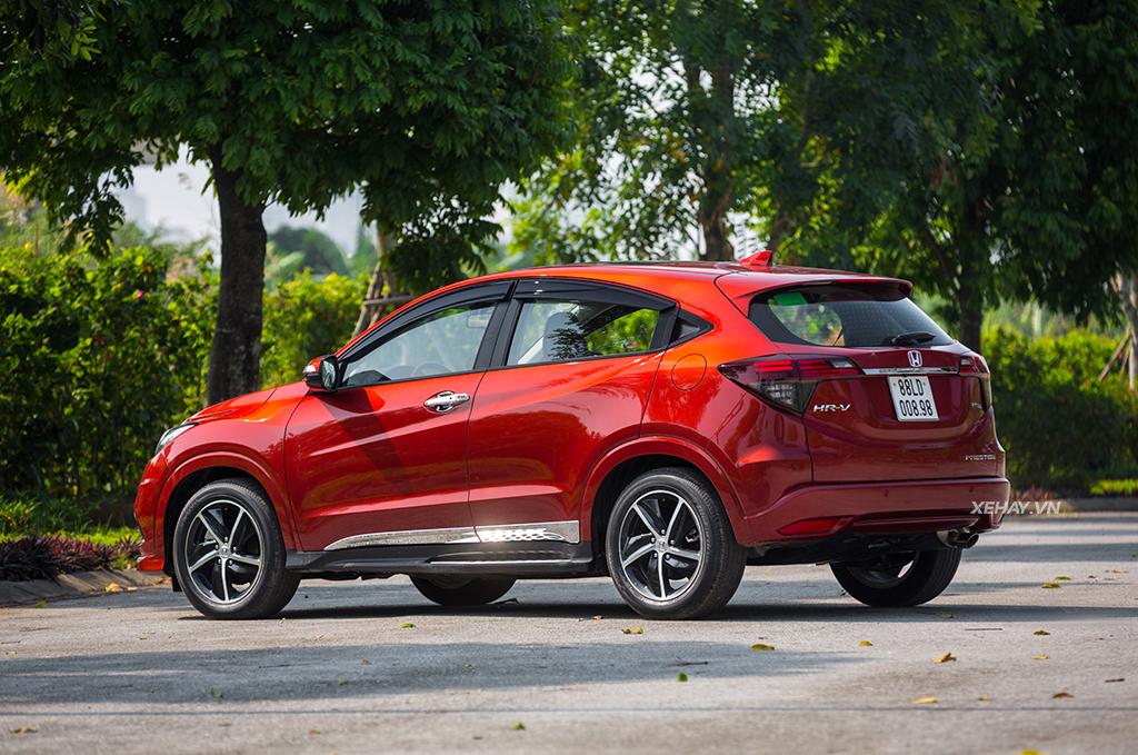 Hông xe Honda HRV 2019 màu đỏ mới