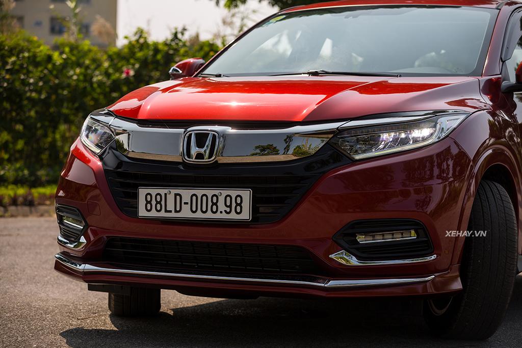 Đầu xe Honda HRV 2019 màu đỏ mới