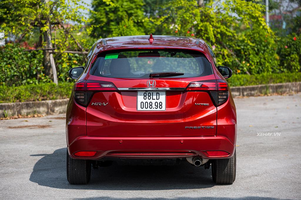 Đuôi xe Honda HRV 2019 màu đỏ mới
