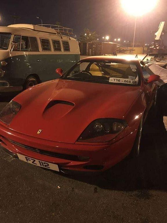Bộ đôi siêu xe Ferrari Mondial và 550 Maranello lạ lẫm bất ngờ cập cảng Việt Nam cùng dàn xe cổ khác - Hình 2