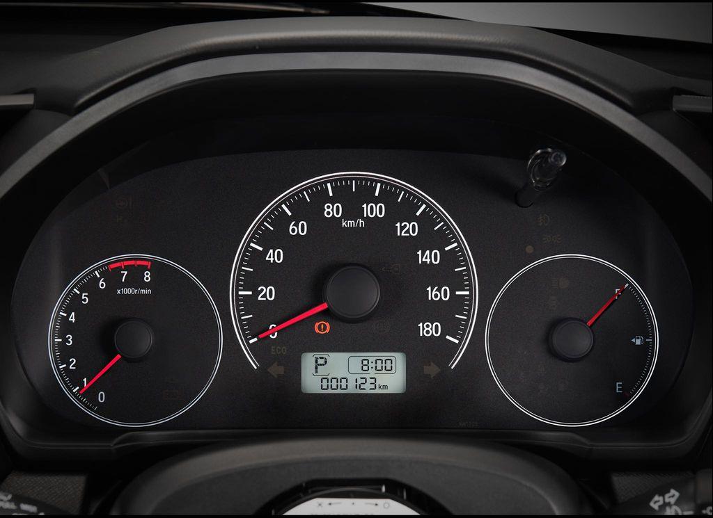 Đồng hồ táp lô xe Honda Brio 2019