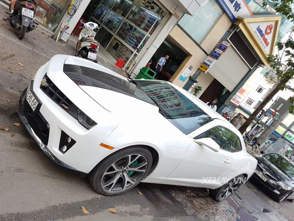Chevrolet Camaro RS 2017, MUA BÁN XE Chevrolet Camaro RS 2017, ĐÁNH GIÁ XE Chevrolet Camaro RS 2017, CHI TIẾT XE Chevrolet Camaro RS 2017, Chevrolet Camaro RS 2017 GIÁ BAO NHIÊU
