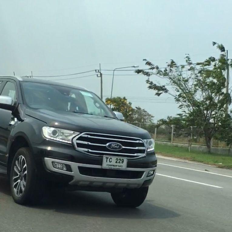 Hình ảnh: Lộ hình ảnh chạy thử của Ford Everest phiên bản nâng cấp tại Thái Lan số 1