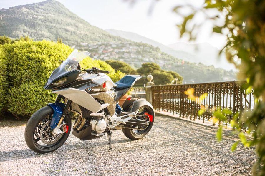 BMW Motorrad Concept 9cento 2018 góp vui tại Lễ hội xe cổ danh tiếng thế giới - Hình 1