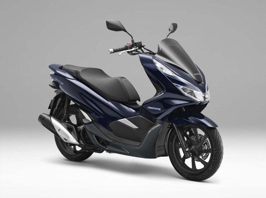 """Honda PCX Hybrid giá 89 triệu VNĐ tại Nhật Bản là hàng """"made in Vietnam"""" - Hình 1"""