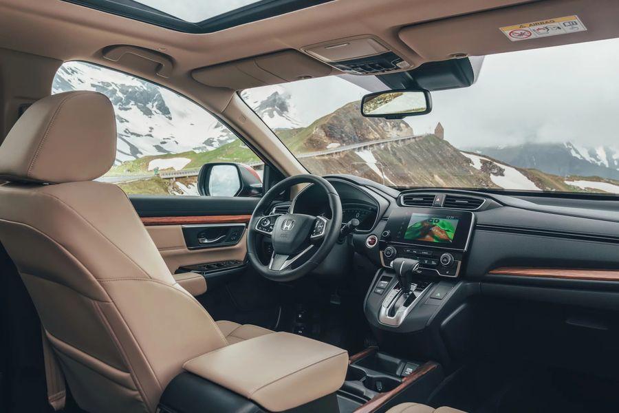 Nội thất xe Honda CRV 2019 màu đỏ mới   Hotline: 0917 325 699
