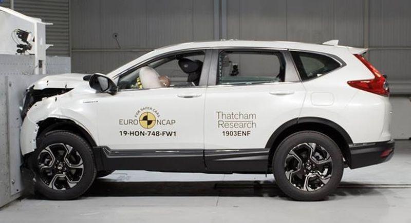 Ô tô Honda CRV 2019 màu trắng an toàn châu ÂU