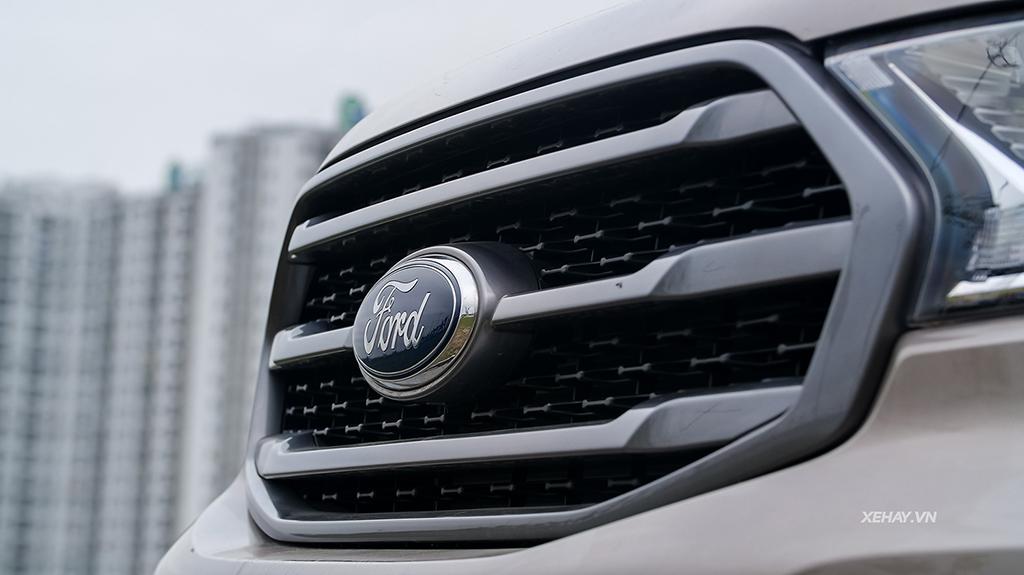 Mặt Ca lăng mới xe Ford Everets 2019 mới nhập khẩu