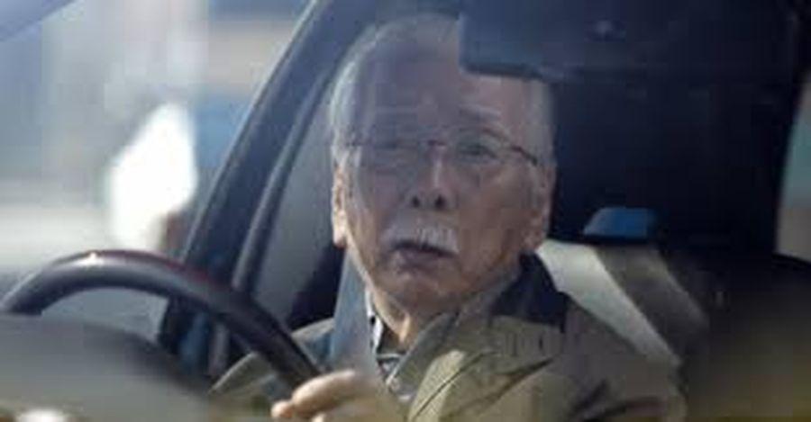 70 tuổi có được lái xe ô tô không?