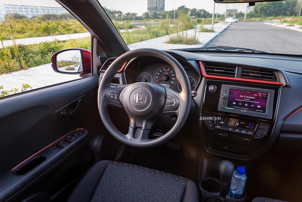 Vô lăng lái xe Honda Brio 2020