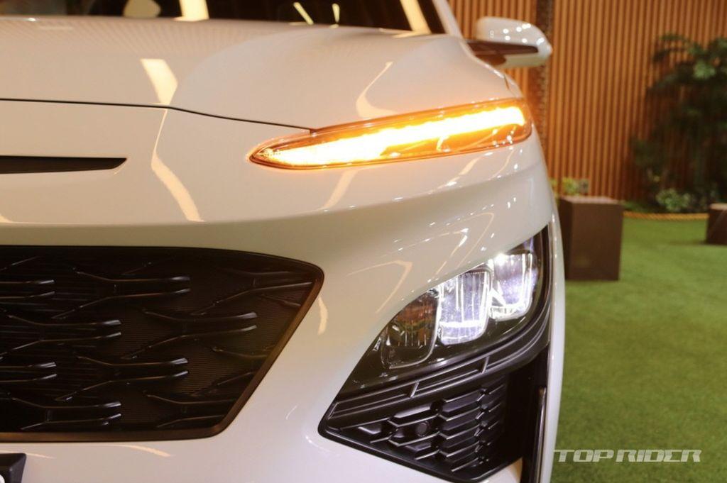 Xehay KONA 171020 8 Hyundai Kona 2021 nét đẹp riêng dành cho giới trẻ năng động