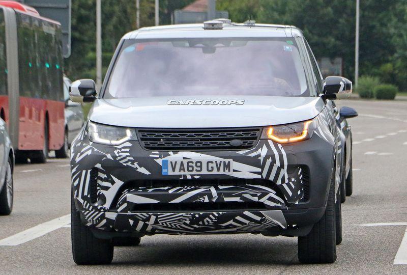 xehay Land Rover Discovery 19082020 1 result Land Rover Discovery 2021 lộ màn hình cảm ứng khổng lồ