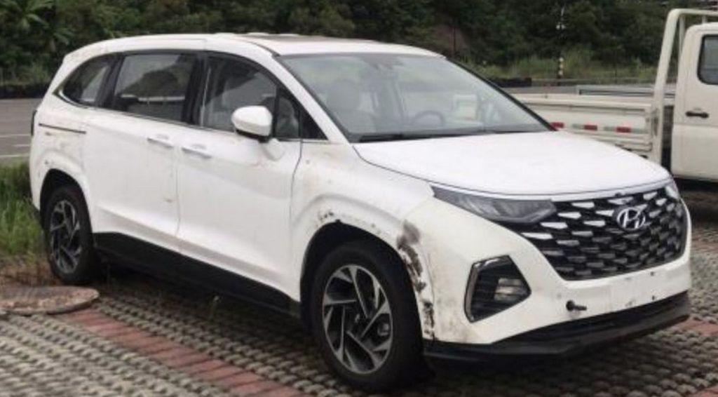 Xehay Custo 210820 6 Hyundai Custo - mẫu MPV Hàn Quốc lộ diện qua những hình ảnh đầu tiên