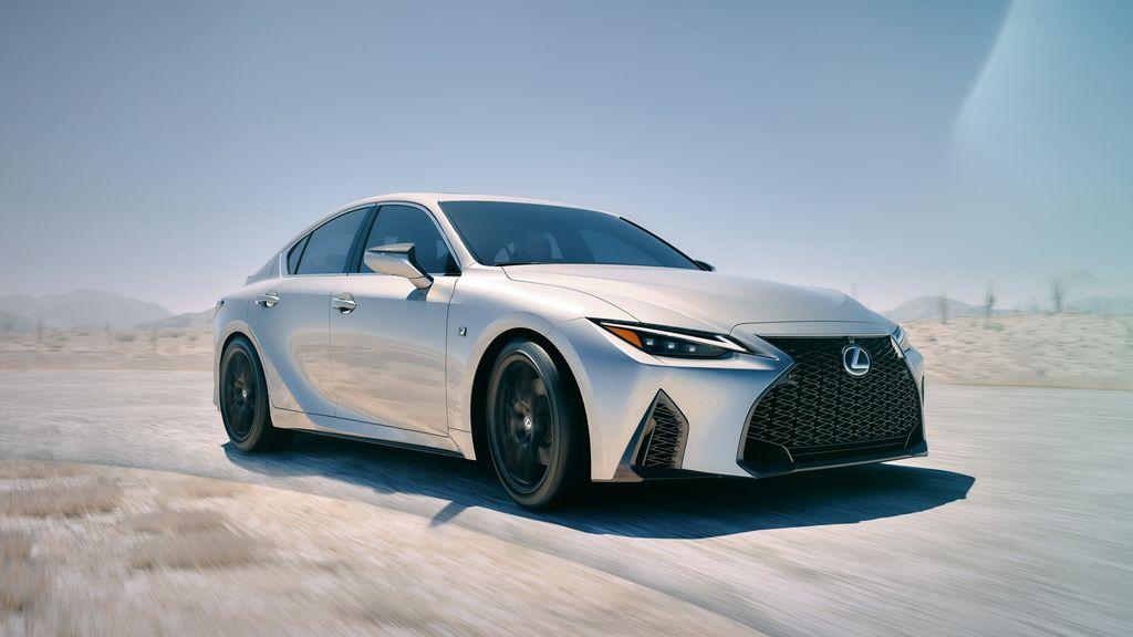 Xehay IS 210820 8 Lexus IS 2021 cạnh tranh cùng Mercedes-Benz C-Class và BMW 3-Series