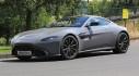 Chạm mặt Aston Martin Vantage S mạnh mẽ trên đường thử nghiệm