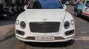 Sài Gòn: Bentley Bentayga màu trắng  4 chỗ hàng hiếm ra phố