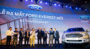 Ford Everest 2018 đã có giá của hai phiên bản thấp hơn, chỉ từ 999 triệu VNĐ