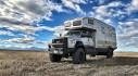 """Đi tận cùng thế giới với """"biệt thự di động"""" EarthRoamer XV-HD Ford F-750"""